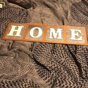 Home wall plaque with hooks